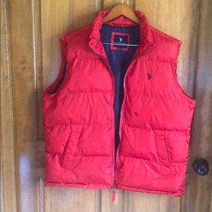 U.S. POLO ASSN. Red Vest Size Men Large